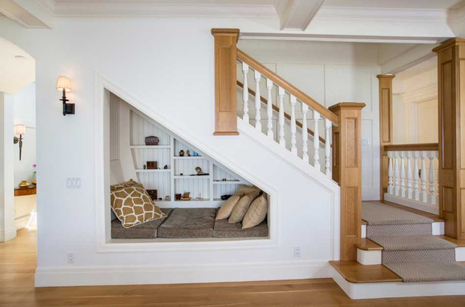 Ladder: How to use space under ladder? 7 awesome under the stairs ...