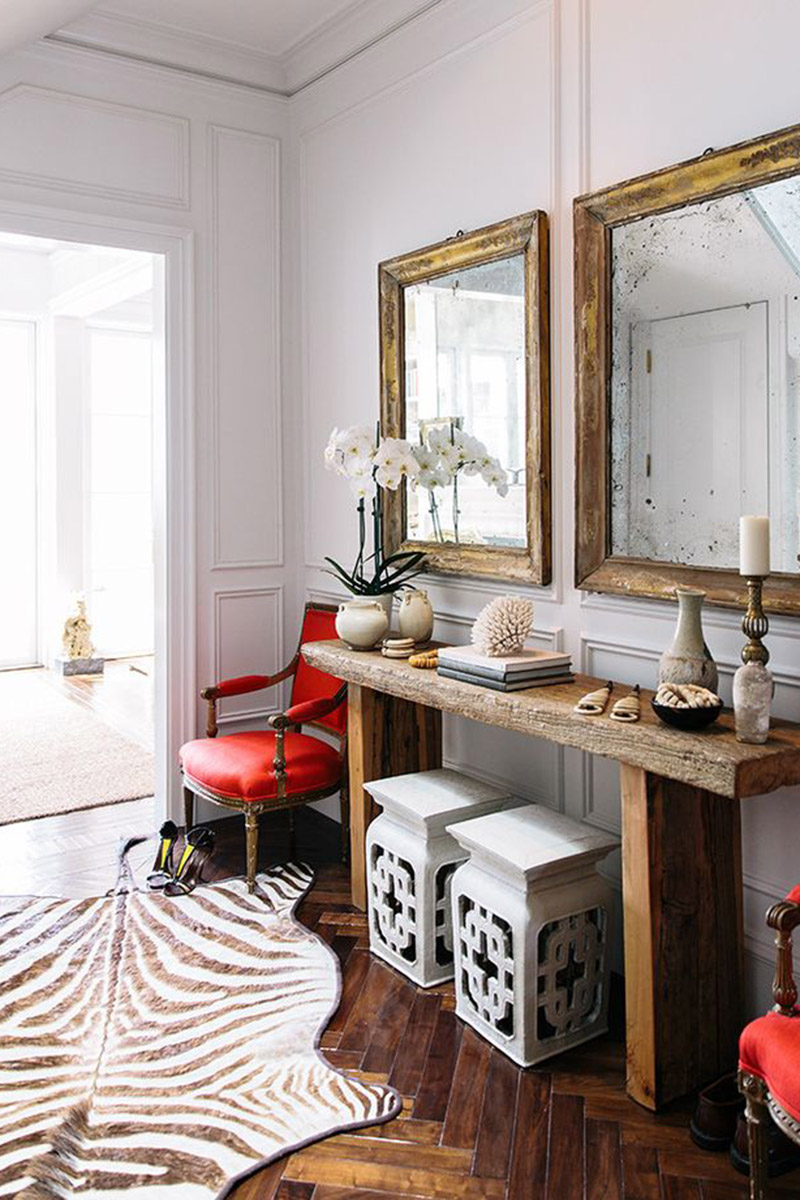 wood in interior design 10 best decor ideas for your home wood element can become a good addition to your traditional home interior just look at this mirror and side table